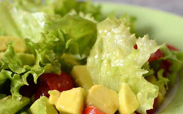 Salada de Abacate Baby