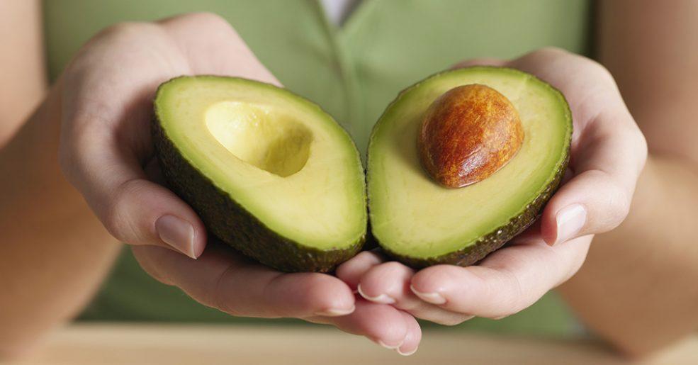 Abacate com tudo: antes execrado, ele aparece como o ingrediente da vez