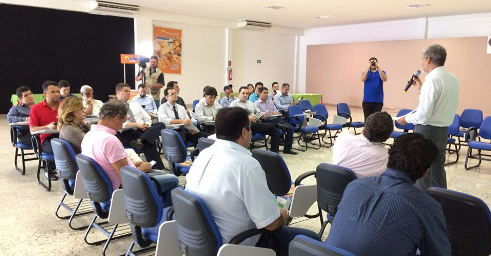 L.A. Ferretti participa de workshop de sustentabilidade da AGOS