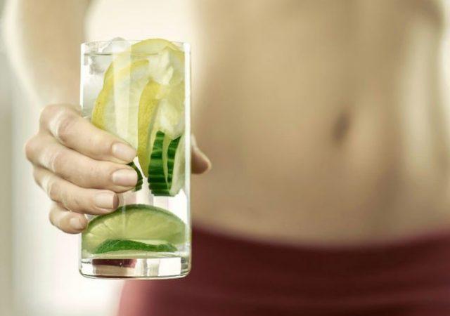 Limão para emagrecer? Veja mitos e verdades sobre o consumo