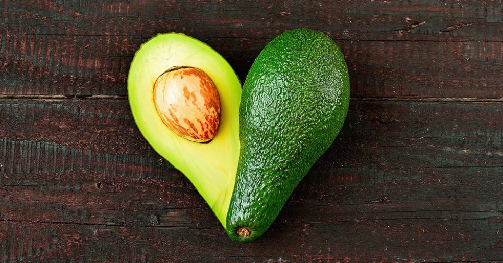 Benefícios do abacate para manter a saúde do coração