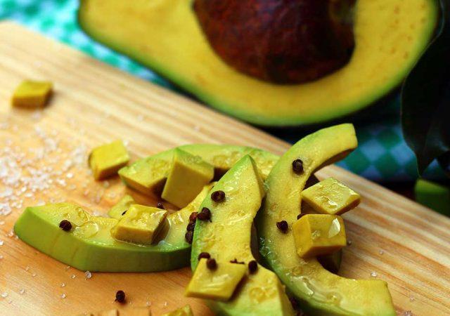 4 excelentes motivos para você comer abacate
