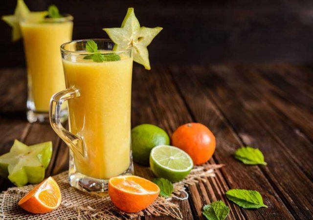Suco de Carambola com Tangerina e Limão