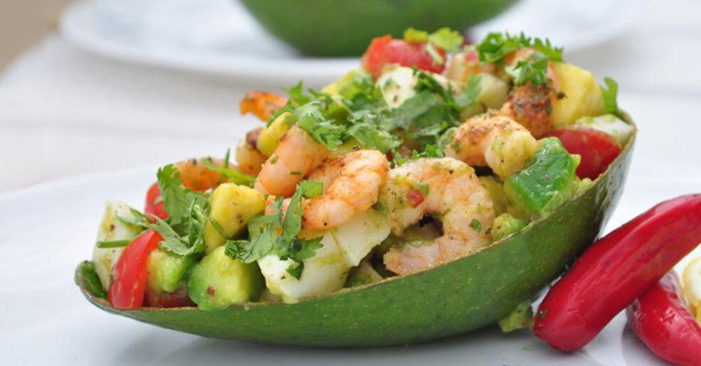 Salada Low Carb de Abacate com Camarão